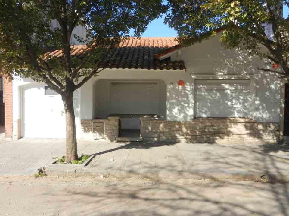 """Casa a 2 cuadras de la Plaza """"Libertad"""""""