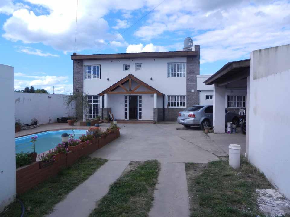 Casa con Pileta
